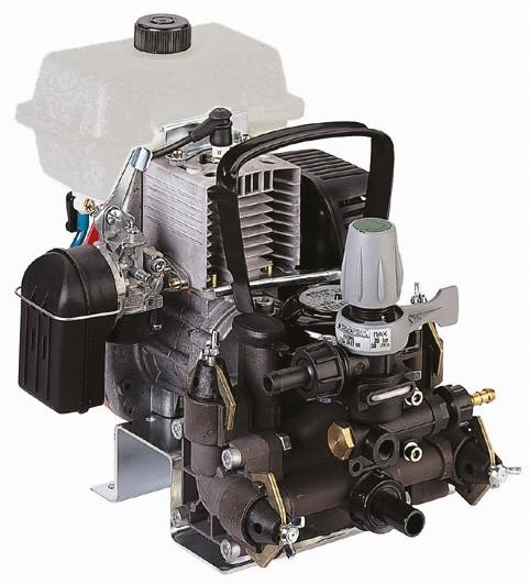 MC 20 Membranpumpe mit 2-takt Motor Oleomac S 50